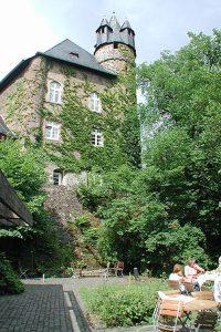 Schlosshof, Schlossgarten Schloss Herborn Tagungshaus